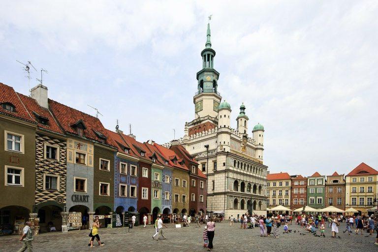 Z widokiem na panoramę Poznania