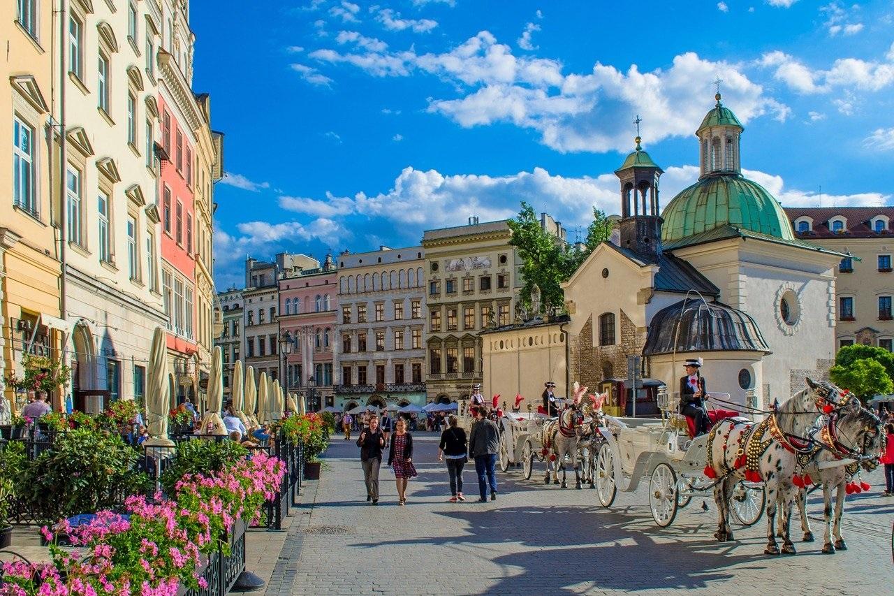Prawie połowa warszawskich biurowców ma co najmniej 10 lat